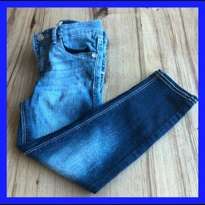 Levi 710 super skinny little girl jeans. Size 4